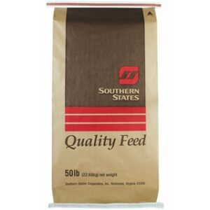 Southern States Coarse Screened Cracked Corn 50lb Bag